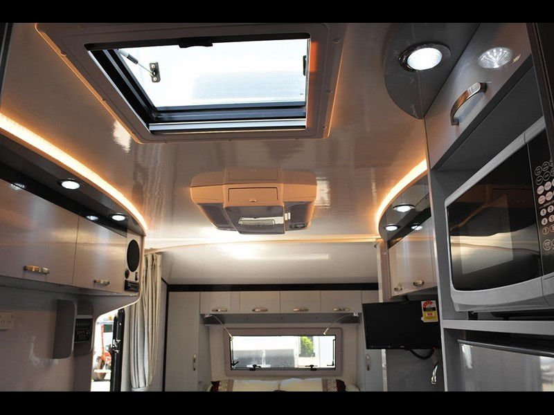 goldstar rv liberty tourer 489884 033