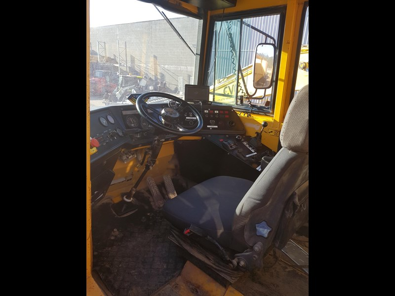 volvo a25c 542746 015