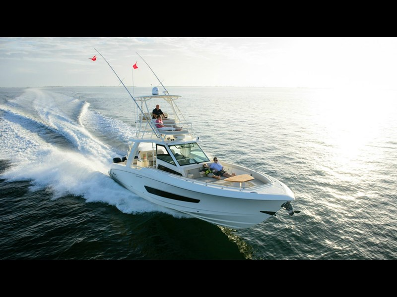 boston whaler 420 outrage 294251 013