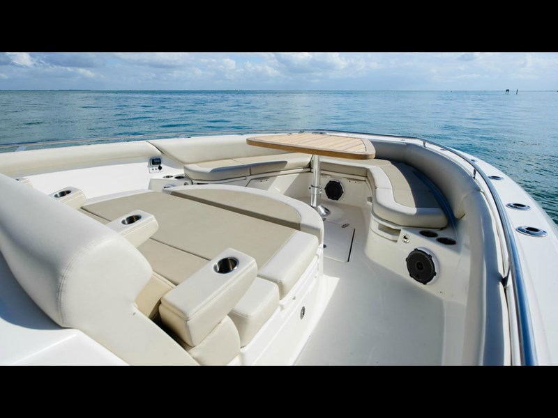boston whaler 420 outrage 294251 035