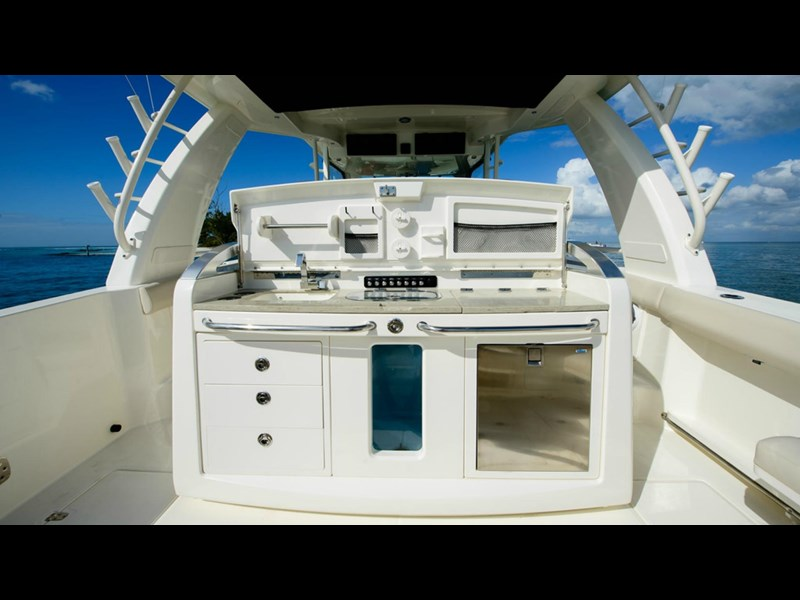 boston whaler 420 outrage 294251 025