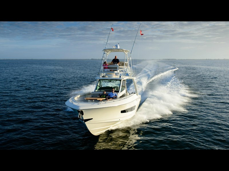 boston whaler 420 outrage 294251 011