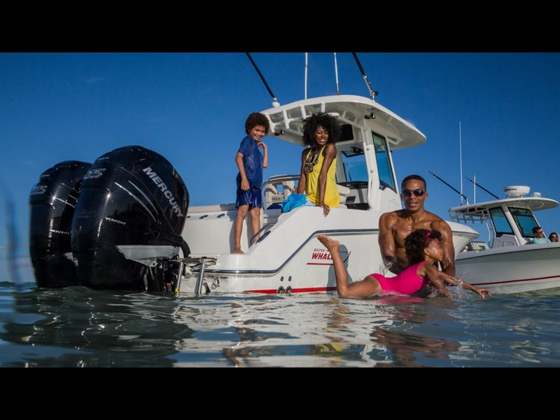 boston whaler 250 outrage 294253 015