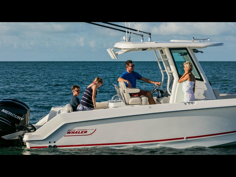 boston whaler 250 outrage 294253 013