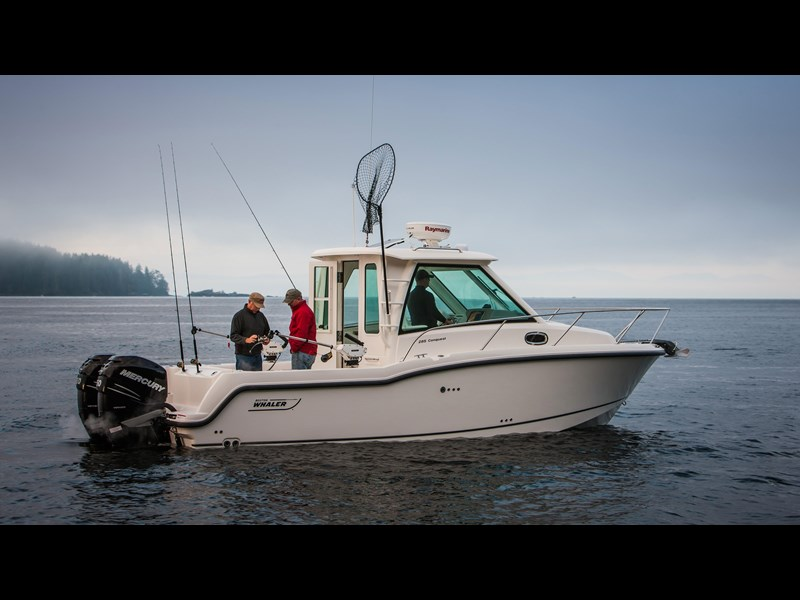 boston whaler 285 conquest pilothouse 294257 011