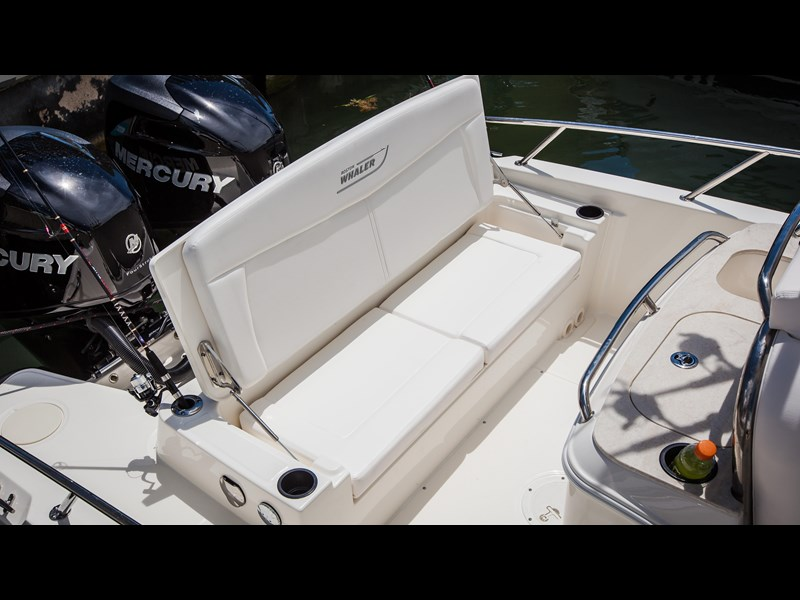 boston whaler 270 dauntless 294226 021