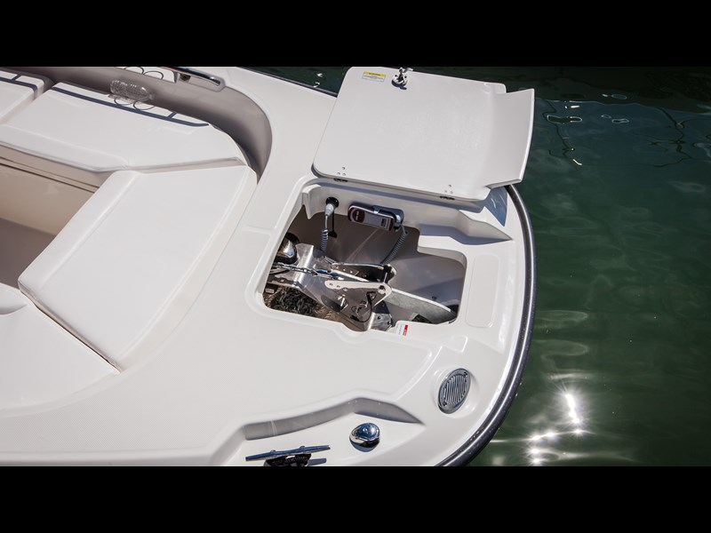 boston whaler 270 dauntless 294226 055