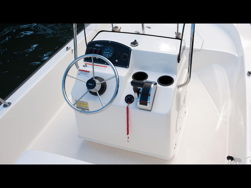 boston whaler 150 montauk 294227 033