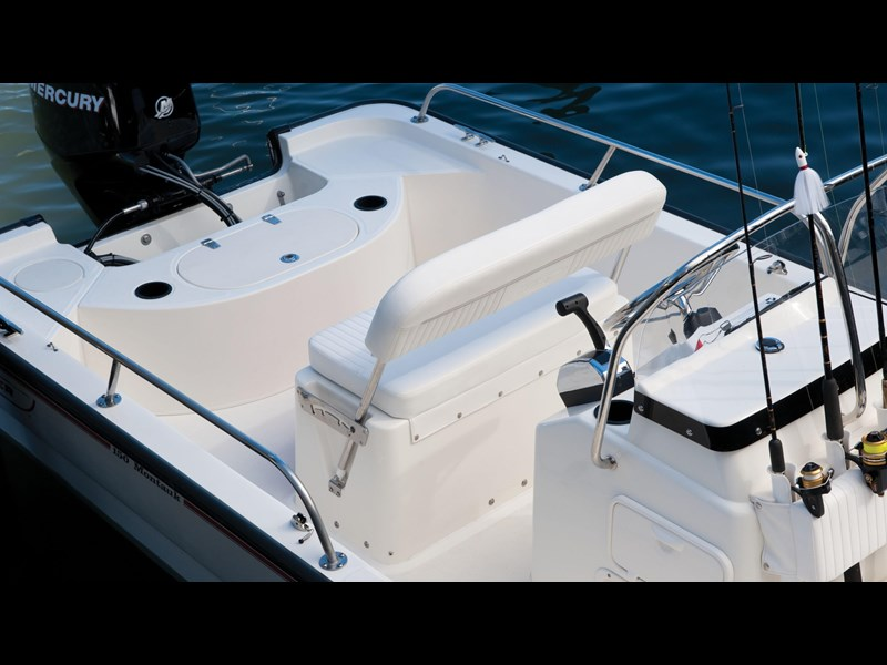 boston whaler 150 montauk 294227 029