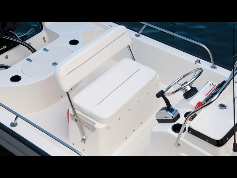 boston whaler 150 montauk 294227 027