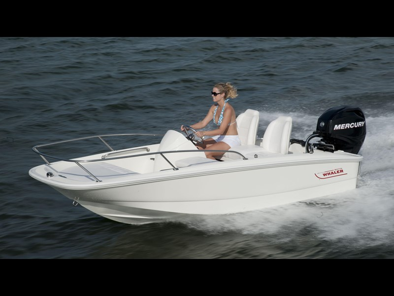 boston whaler 130 super sport 294228 003