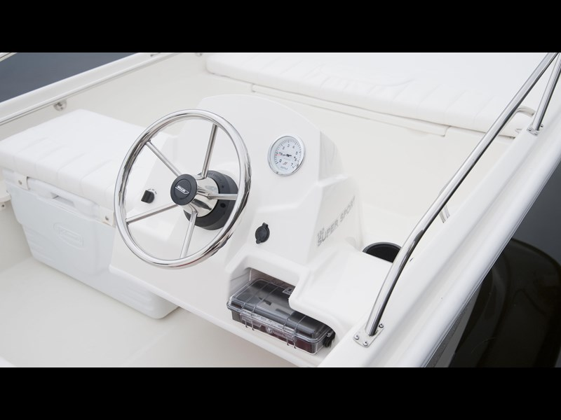 boston whaler 130 super sport 294228 017