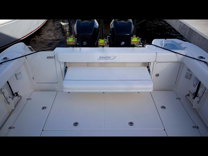 boston whaler 315 conquest 245300 049