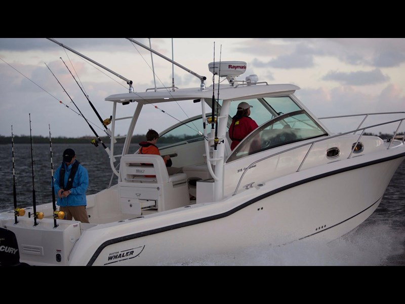 boston whaler 315 conquest 245300 013
