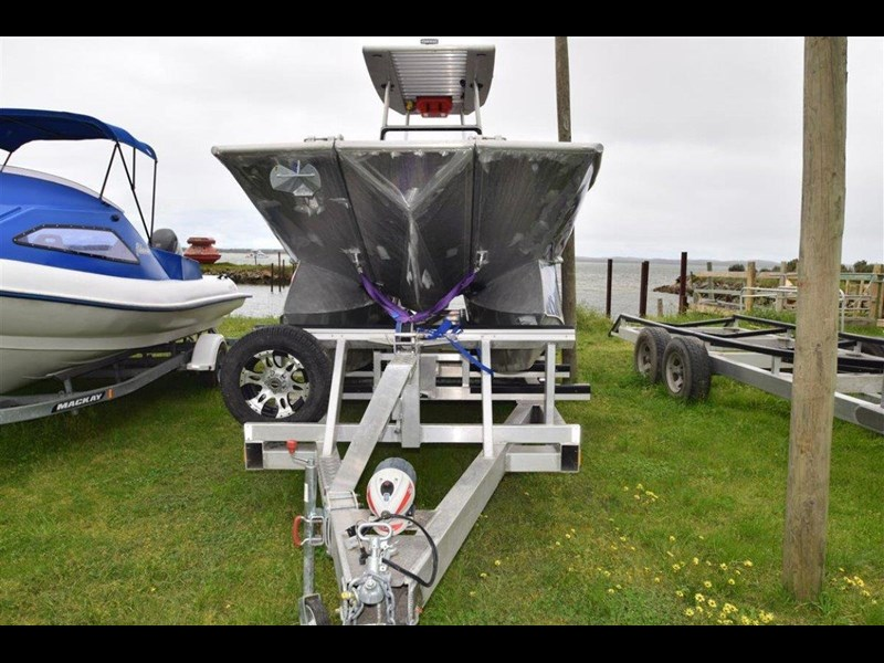 custom aluminium power catamaran 544133 011