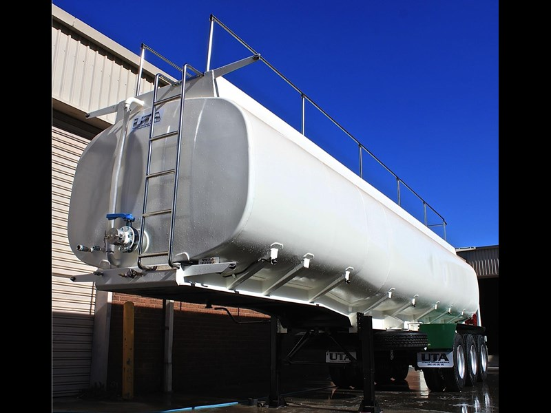 ultimate trailers uta elite spray tanker 544633 021