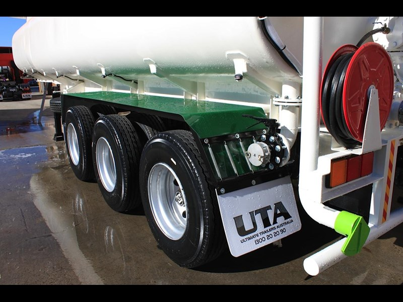ultimate trailers uta elite spray tanker 544633 015