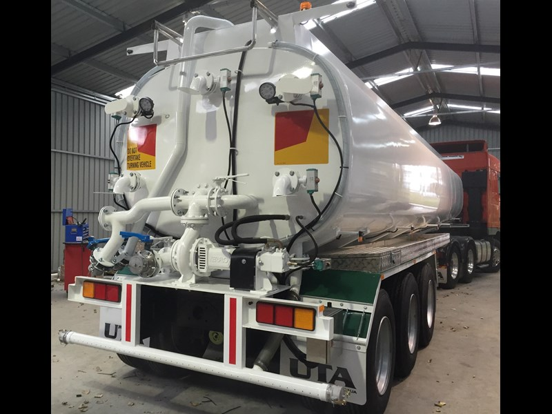 ultimate trailers uta elite spray tanker 544633 019