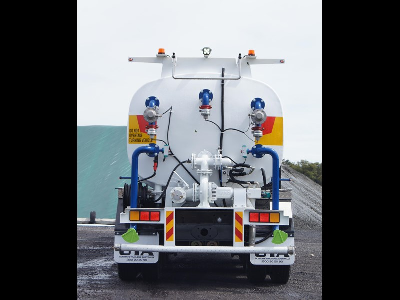 ultimate trailers uta elite spray tanker 544633 027