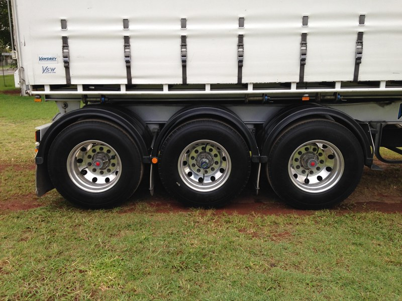 vawdrey a trailer roll back tautliner 546897 019
