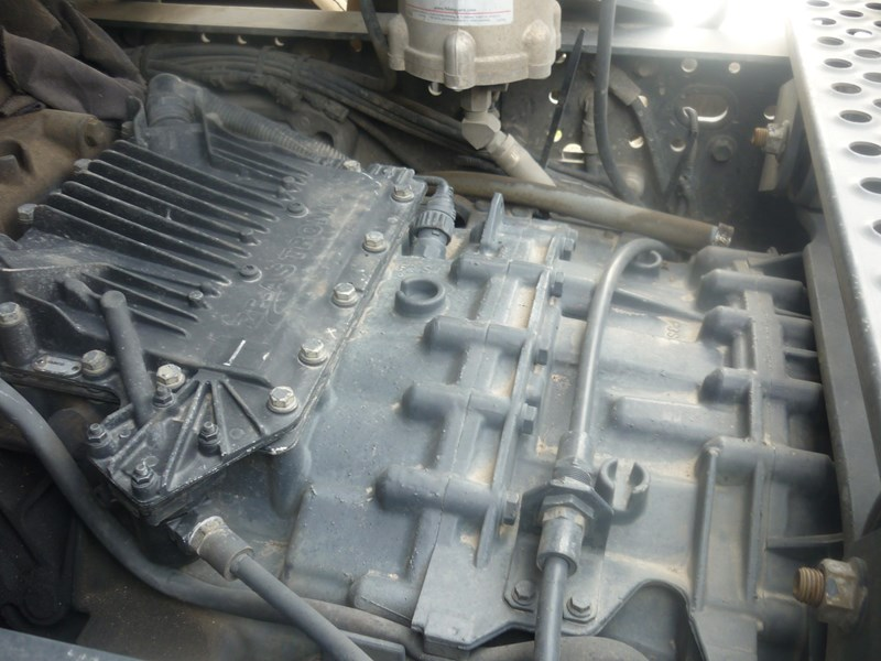 zf iveco 547554 001