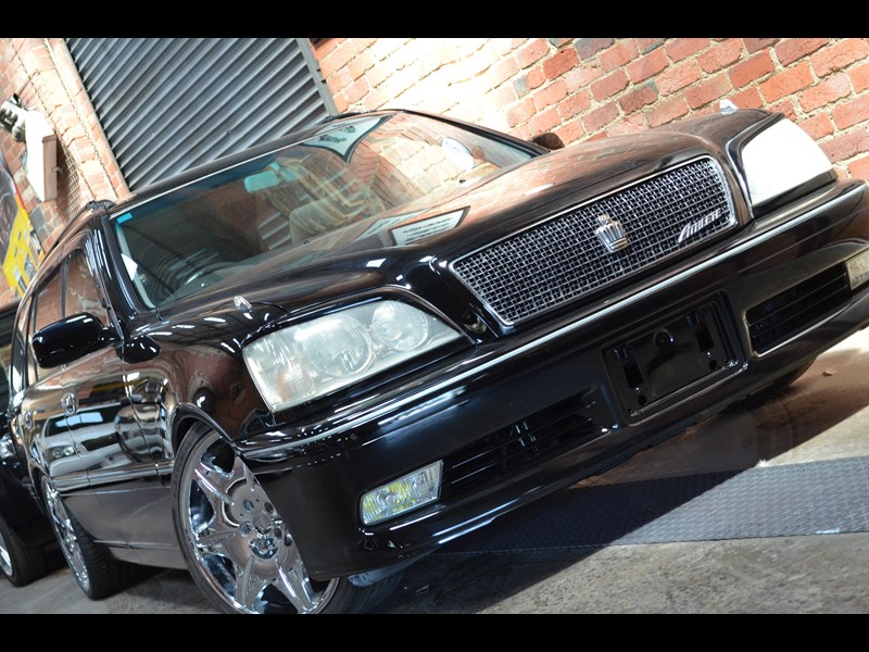 toyota crown 518293 003