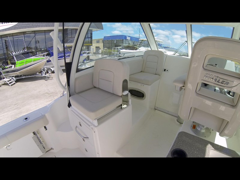 boston whaler 285 conquest 472933 071