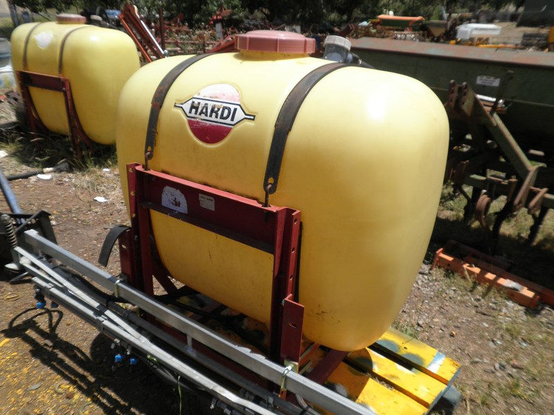 hardi 400ltr boom spray unit 548959 005