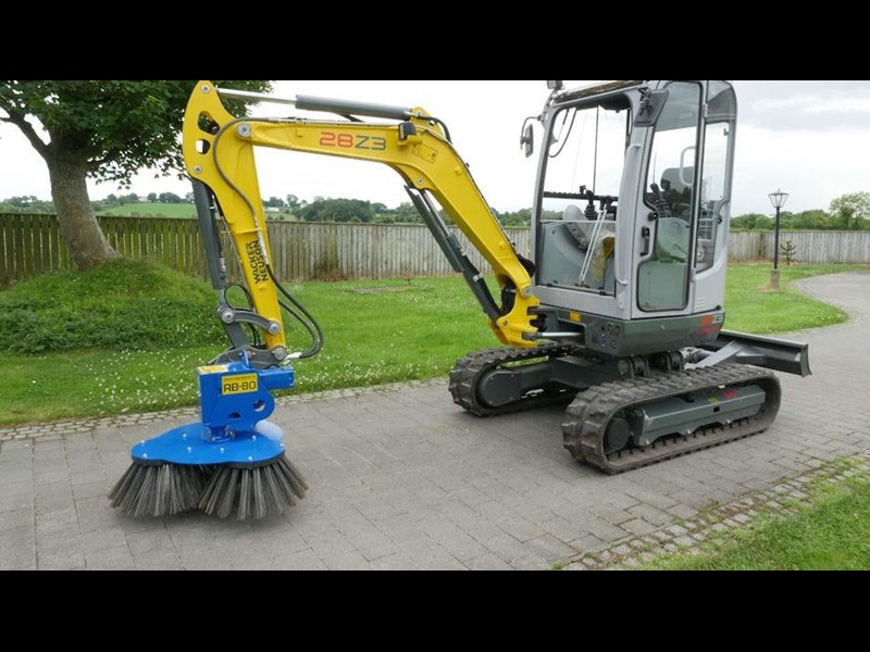 slanetrac rb80 sweeper with hitch 550890 009