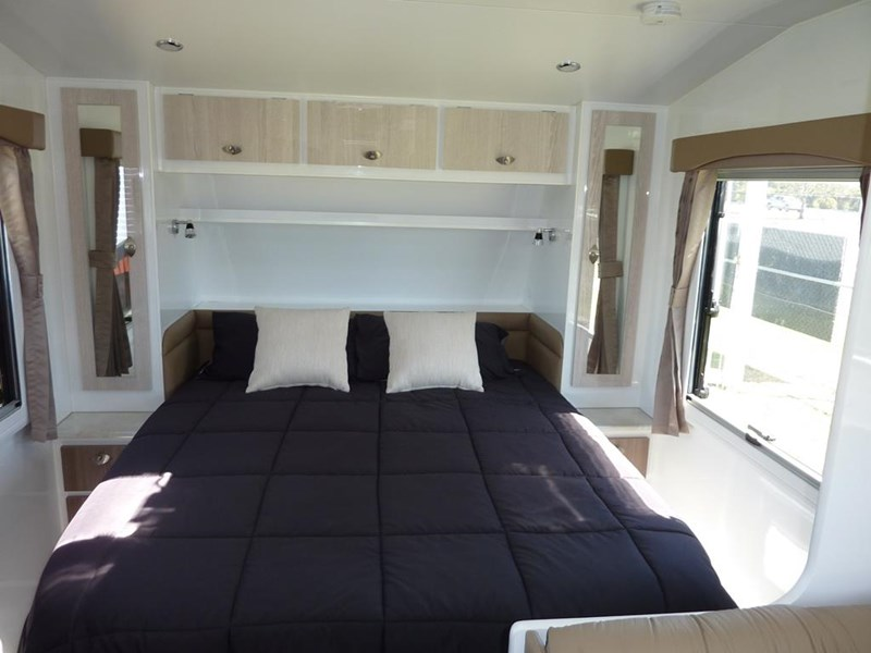 living edge bellagio - ensuite caravan 551474 013