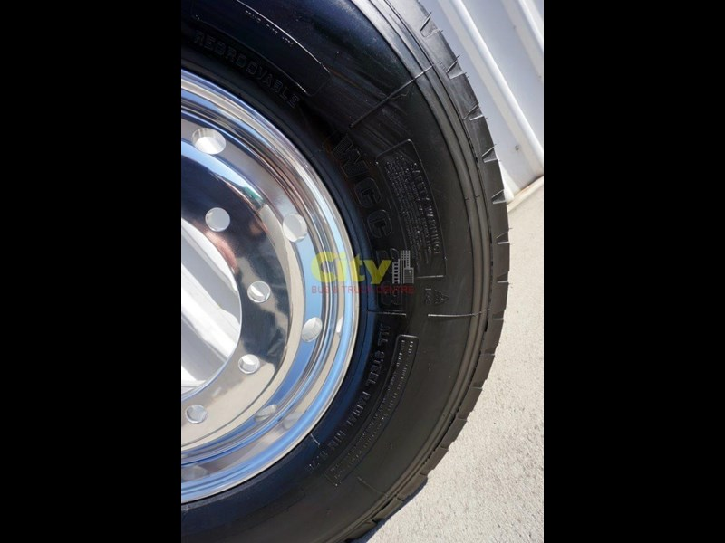 windpower 385/65r22.5 (wgc28) on alcoa 11.75x22.5 durabright - suit scania 551525 009