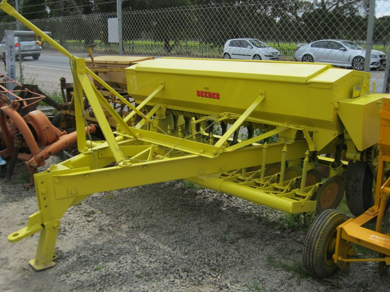 connor shea 14 row disc super seeder trailing 513327 031
