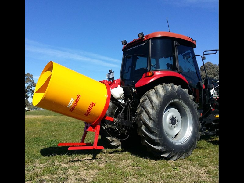 2018 TEAGLE SPIROMIX 200H TRACTOR CEMENT MIXER (560L) for sale