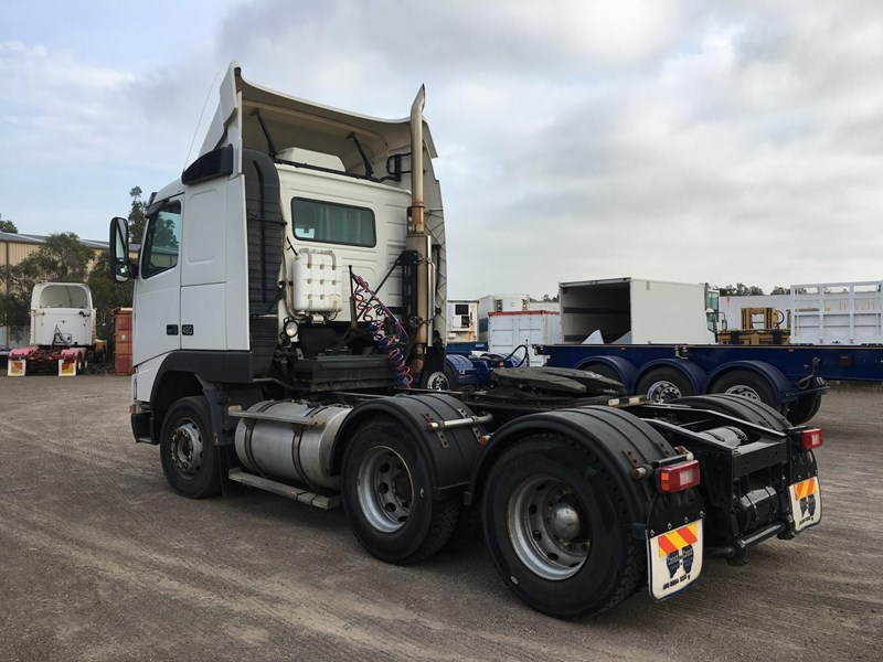 volvo fh12 102410 009