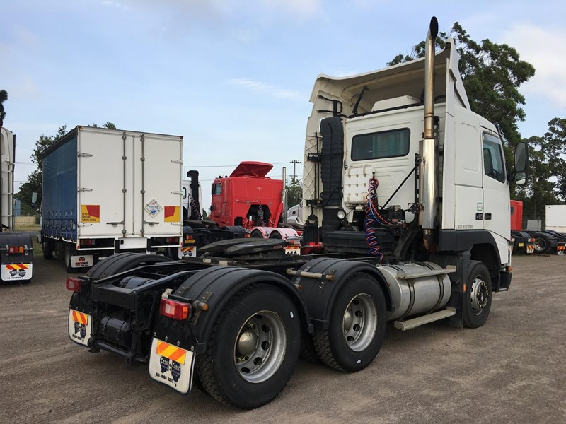 volvo fh12 102410 013
