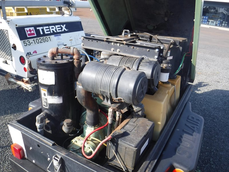 sullair 185 trailer mounted air compressor 477527 009