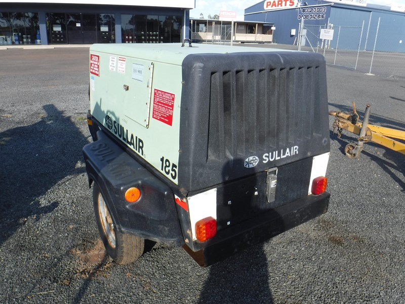 sullair 185 trailer mounted air compressor 477527 007