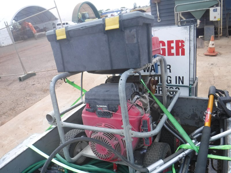 spitwater trailer mounted pressure cleaner 581362 009