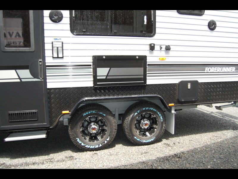 design rv forerunner family f2 21' outback 494753 029