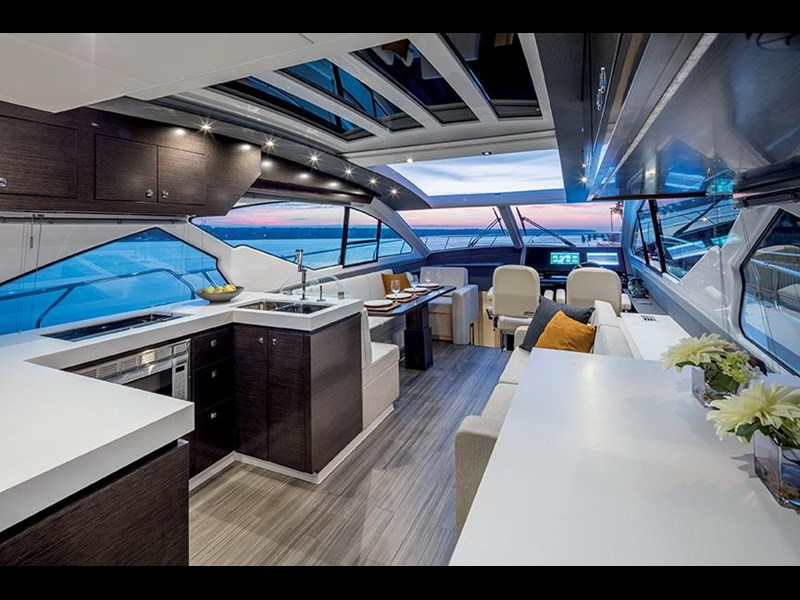 cruiser yachts 60 cantius sports yacht 560080 009