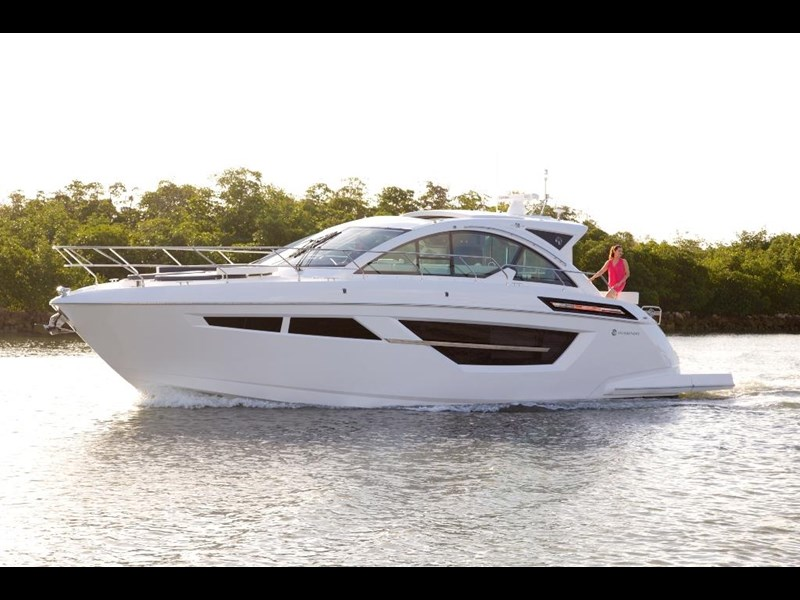 cruisers 50 cantius cabriolet sports yacht 560086 001