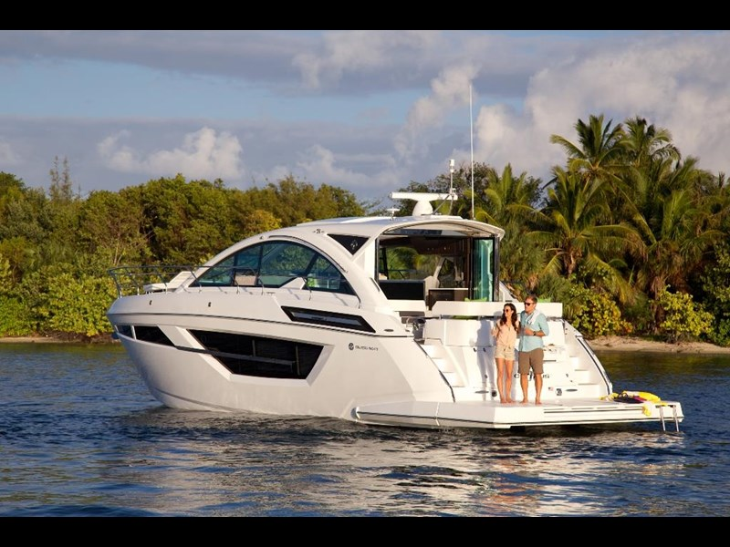 cruisers 50 cantius cabriolet sports yacht 560086 003