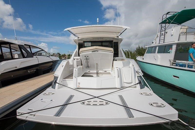 cruiser yachts 45 cantius sports yacht 560078 013