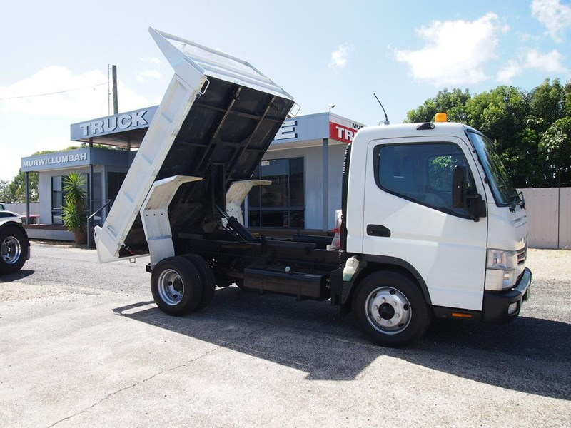 fuso canter 715 tipper 564552 001