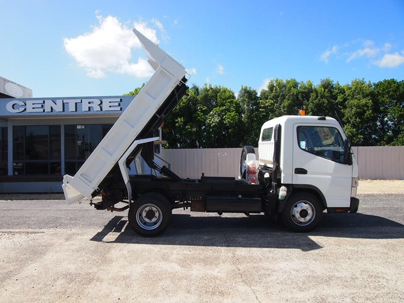 fuso canter 715 tipper 564552 005