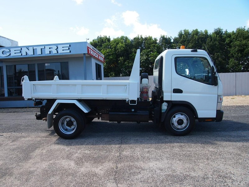 fuso canter 715 tipper 564552 013