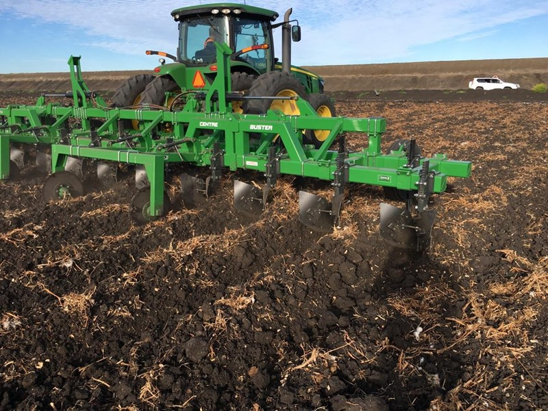 gessner 6 row centre buster 565337 017