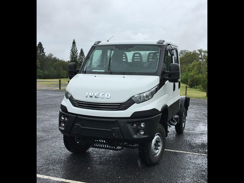 iveco daily 55s18dw 565400 011
