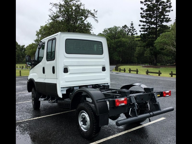 iveco daily 55s18dw 565400 017