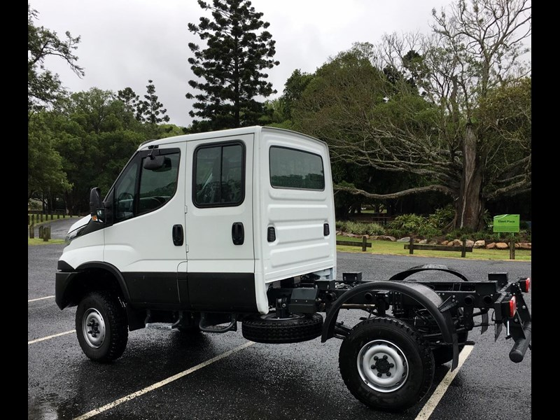 iveco daily 55s18dw 565400 021